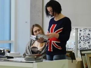 Дарим книги галерее